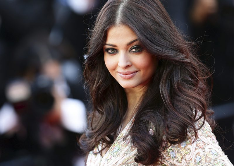 Top 30 Most Beautiful Women in the World - Inspire Dot