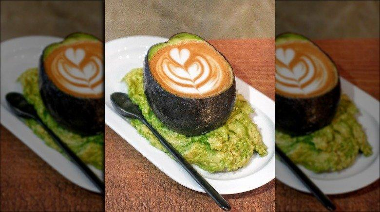 YOU WON'T BELIEVE PEOPLE ACTUALLY EAT THESE FOOD COMBOS You Won E2 80 99t Believe People Actually Eat These Food Combos 5
