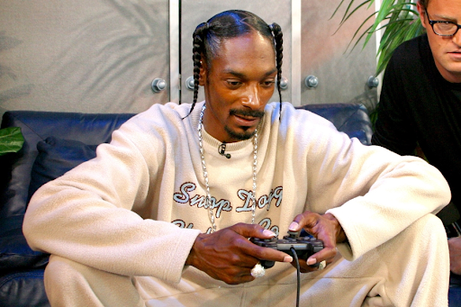10 Celebrities Who Are Also Gamers