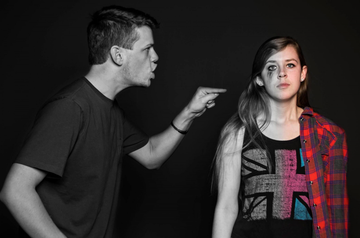 17 Tell-Tale Signs Of A Partner Being An Emotionally Abusive Person